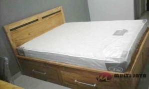 Dipan Tempat Tidur Minimalis 2 Laci TT 047